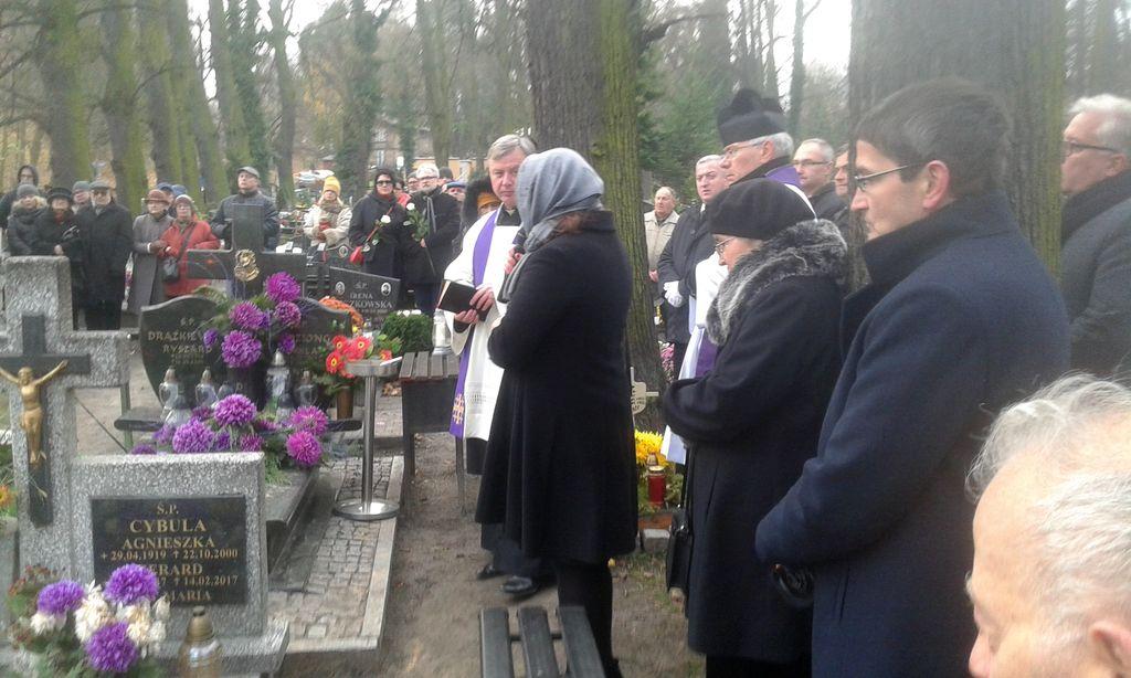 Pogrzeb Zbigniewa Jujki Fot_ J_Wikowski__130312