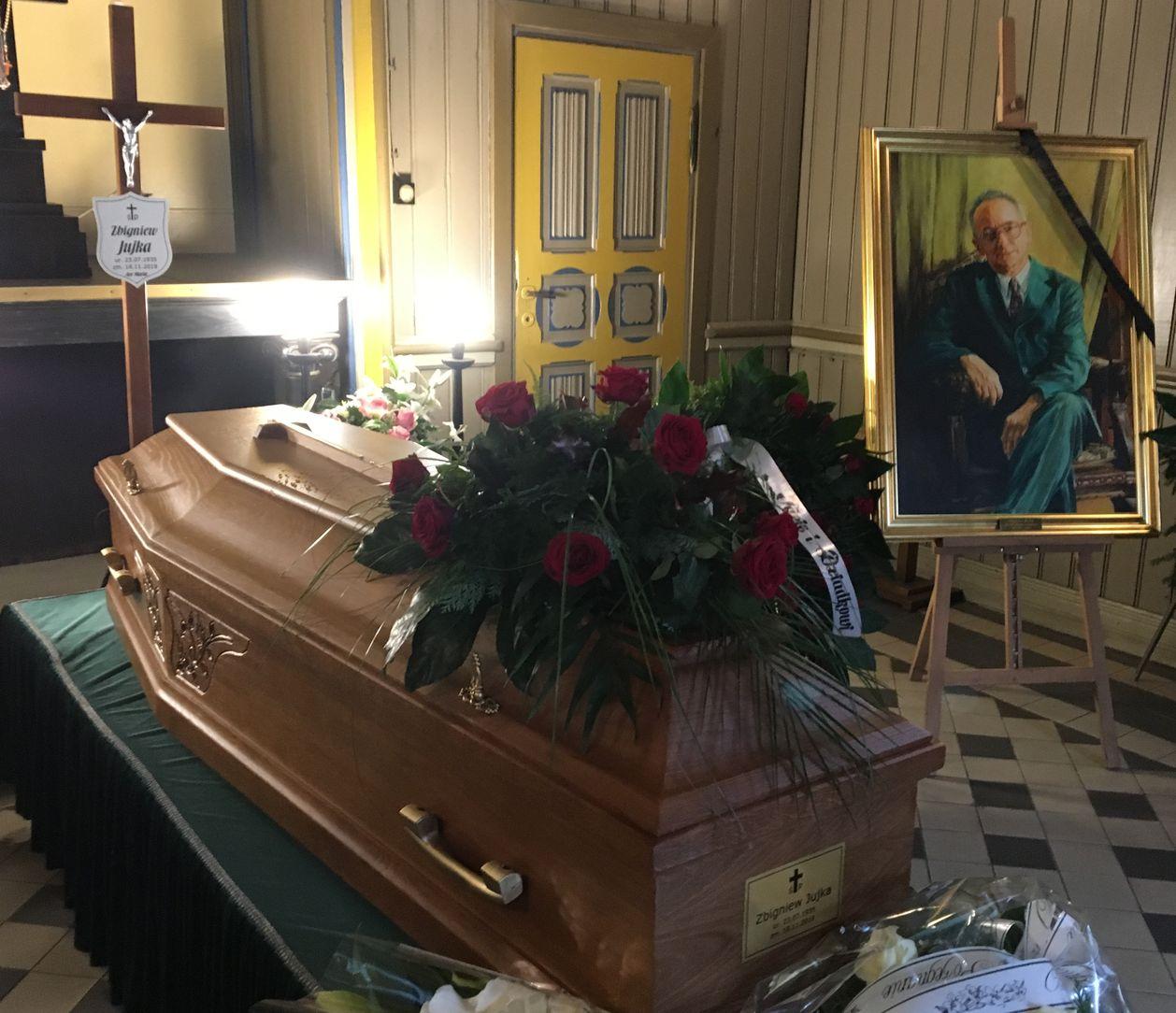 Pogrzeb Zbigniewa Jujki Fot_ Janusz Wikowski_IMG_5313