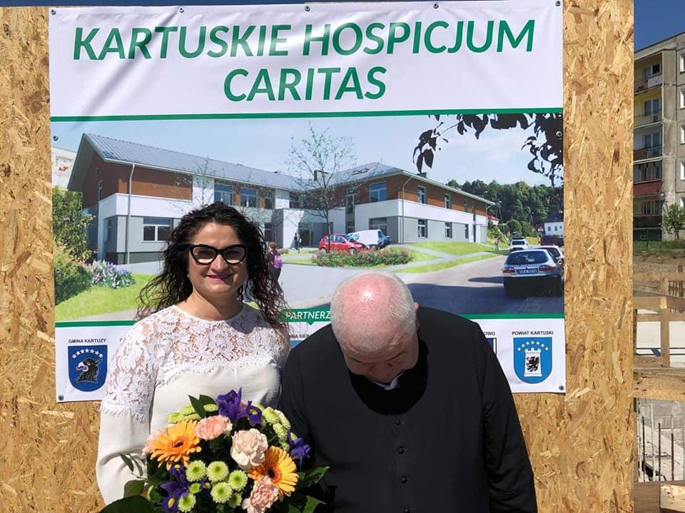 arciszewska caritas facebook