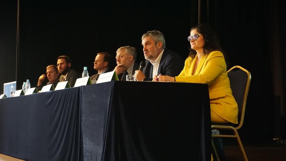 arciszewska konferencja facebook