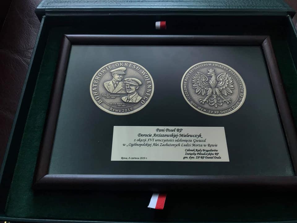 arciszewska medal rewa facebook