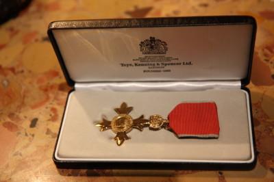 Order Imperium Brytyjskiego dla Jerzego Limona_fot. mat.pras. (2)