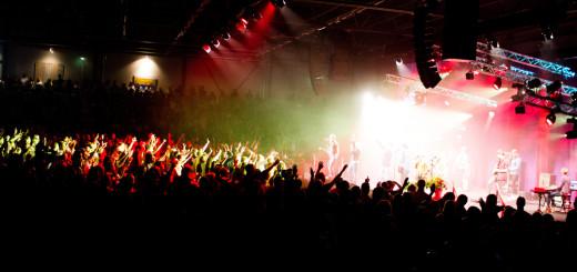 arena gda Hillsong (1)
