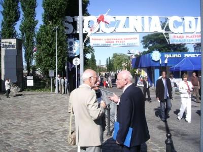 Stoczni Gdanska brama Fiszbach Szblewski jFot JanuszWikowski