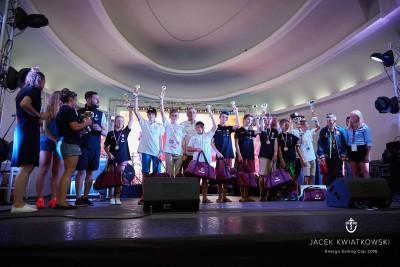 Energa Sailing Cup - dekoracja zwycięzców (1)
