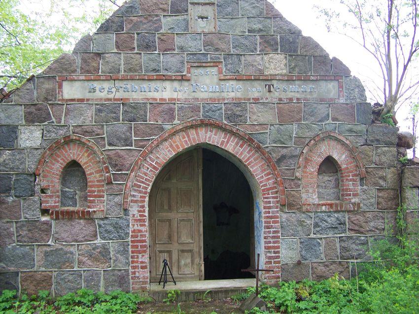 dd  Kaplica w Borkowie